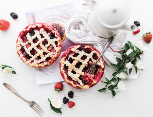 Strawberry Fruit Pies Served With Tea